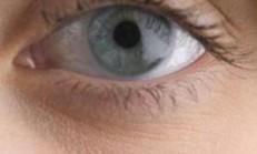 Gözleriniz yakını göremiyor mu?