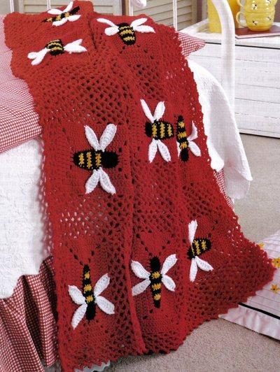 bal arısı desenli kırmızı örgü bebek battaniyesi modeli