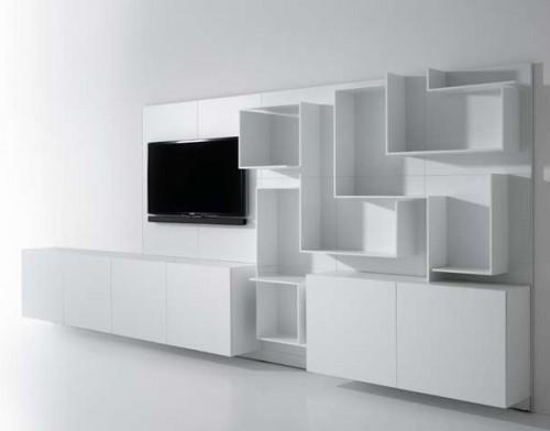 dekoratif geometrik rafları olan modern tv ünitesi