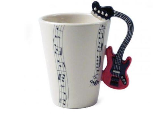 gitar desenli kulplu porselen kupa modeli