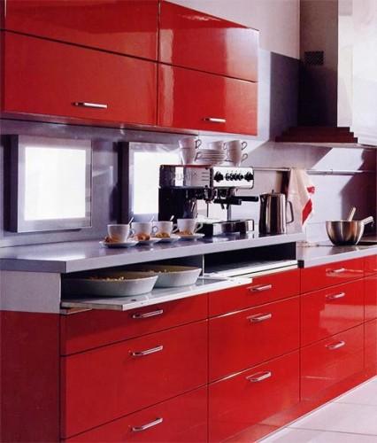 modern tasarımlı kırmızı renkli çok şık mutfak dekorasyonu