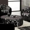 siyah renkli büyük yuvarlak puflu salon koltuk takımı