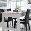 siyah sandalyeli modern küçük mutfak masası modeli