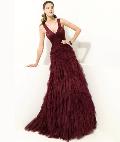 bordo renkli yeni sezon nişan kıyafeti modeli