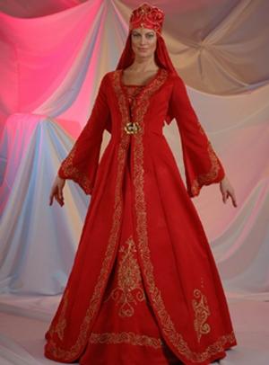 kabarık işlemeli kırmızı kına gecesi kıyafeti