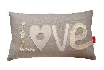 love yazılı dekoratif kırlent modeli