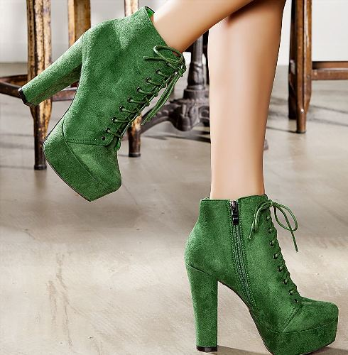 yeşil renkli süet bayan bot modeli