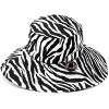 Siyah Beyaz Farklı Şapka