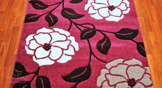 pembe renkli şık dekoratif halı modeli