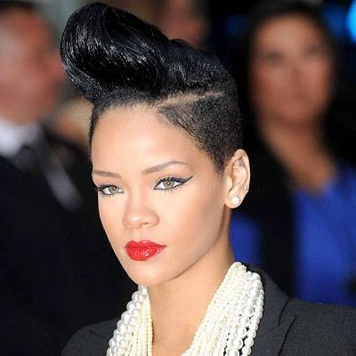 Rihanna çılgın enteresan saçları