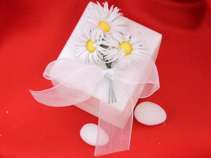 üzeri papatya çiçekli nikah şekeri kutusu