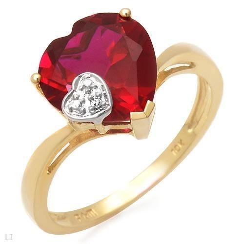 kırmızı kalpli altın yüzük modeli