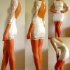 sırt dekolteli beyaz kısa güpürlü elbise modeli