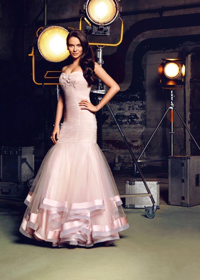 2013 pembe renkli balık etek elbise modeli
