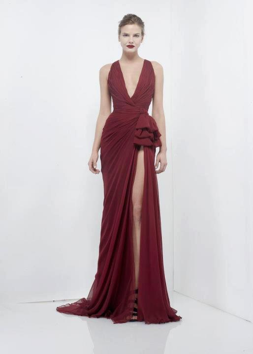 Derin yırtmaçlı mor renkli abiye elbise modeli
