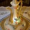 muhteşem altın tepside sürahi süs eşyası