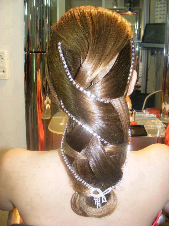 sıradışı muhteşem saç modeli