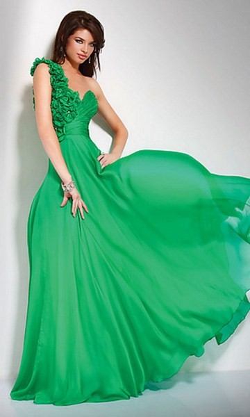 2013 yeşil çok şık abiye elbise modeli