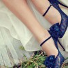 mavi puanlı çok şık topuklu ayakkabı