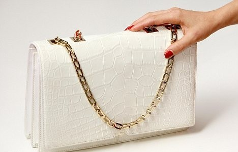 2013 beyaz son moda zincirli çanta modeli