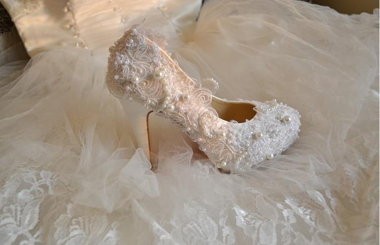 2013 yeni moda taşlı gelin ayakkabı