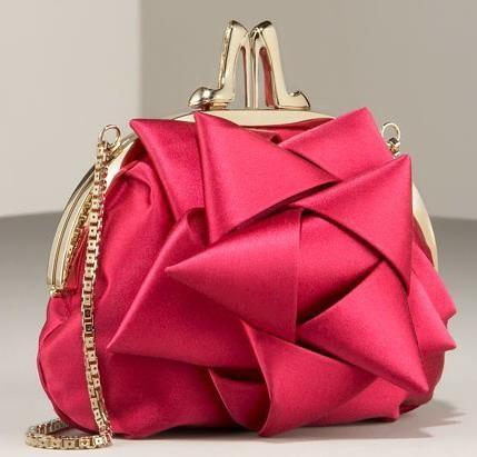 abiye son moda zincirli çanta modeli