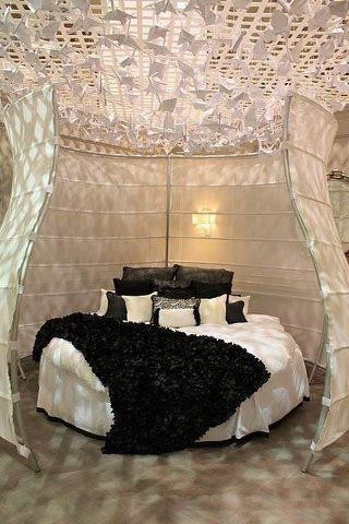 t ll romantik yatak odas. Black Bedroom Furniture Sets. Home Design Ideas